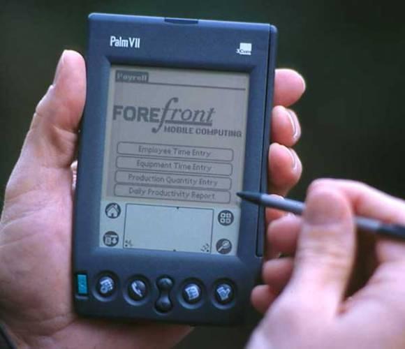 Boj o náprsní kapsu: Palm versus PocketPC