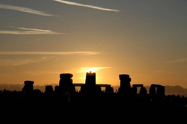 K čemu Sloužilo Stonehenge Dlouha staleti se spekuluje  k