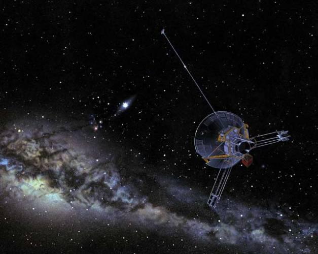 Vesmír je plný tajemství a záhad, s nimiž si současná věda v mnoha případech neví rady. Nemusí zrovna jít o mimozemské civilizace či černé díry ve vzdálených galaxiích. I naše sluneční soustava v sobě skrývá řadu nejasností. Američtí astronomové vybrali deset takových nezodpovězených otázek. I když asi tou největší záhadou zůstává a zůstane vznik života na Zemi.