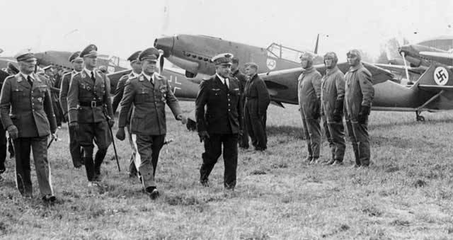 Je to už 70 let, co propukl nejstrašnější konflikt v dějinách lidstva – druhá světová válka. 1. září 1939 překročilo německé vojsko polské hranice, což ve svých důsledcích vedlo ke smrti téměř 50 000 000 lidí.