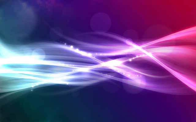Ovládat světlo, to není žádná jednoduchá věc. Vědcům, zabývajícím se kvantovou komunikací, tento problém nedá spát. Po ne zcela přesvědčivých testech s mikročipy, experti obrátili svou pozornost k méně standardním přístupům. Konkrétně k miniaturním televizním anténám o velikosti několika nanometrů.