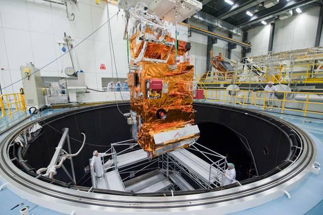 Evropská kosmická agentura (ESA) a jejích 18 členských států kooperuje na řadě ambiciózních cílů ve vesmíru ve svých centrech v několika evropských zemích.Testovací centrum ESTEC (European Space Research and Technology Centre), největší areál a technické srdce ESA, najdete v nizozemském městě Noordwijk.