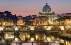 Tři města, která přesahují nebe: Řím, Chartúm, Praha