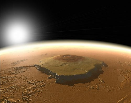 Co se skrývá pod nejvyšší horou sluneční soustavy?