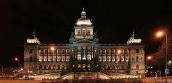 Střely ze srpna 1968 budou na fasádě Historické budovy Národního muzea viditelné i po její rekonstrukci.