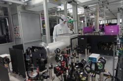 První experiment na českém laseru Bivoj