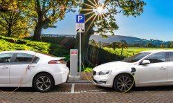 V Česku máme skoro 6 milionů dobíjecích míst pro elektroauta. Proč to nestačí?