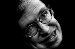 Stephen Hawking: Genialita spoutaná na vozíčku