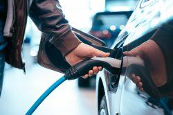 S elektromobilem ušetříte až 80 % nákladů na provoz