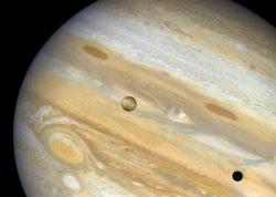 Jupiter: Obří otesánek, který neváhal spolknout planetu desetkrát větší než Země