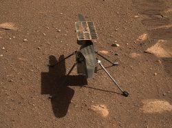 Ingenuity se na Marsu daří