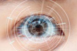 Pacientů, kteří mají problémy se zrakem, celosvětově přibývá