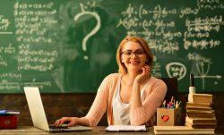 Poučení škol z distanční výuky: rozvoj elektronizace a tlak na menší objem učiva