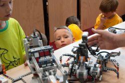 Dětská univerzita přilákala letos téměř 400 účastníků