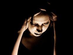 Bolestivou menstruací trpí až polovina žen