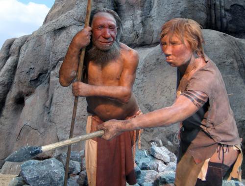 Neandertálci používali párátka