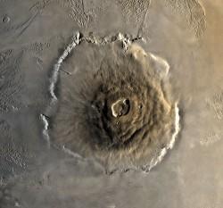Simulace ukazuje evoluci marťanské sopky Olympus Mons