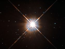 Proxima Centauri se Slunci podobá skvrnami