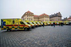 Pražská záchranka převzala nové sanitní vozy