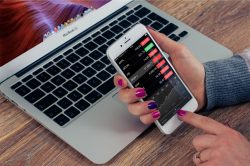 Držte měsíční výdaje na uzdě a šetřete s chytrými aplikacemi