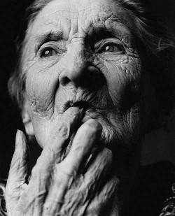 Čeští vědci vyvíjejí léky na Alzheimera