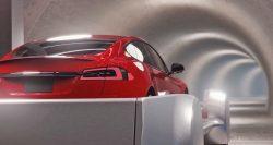 Výtah pro přepravu aut od Elona Muska