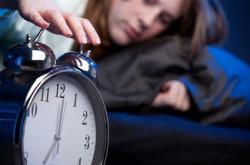 Teenageři se podle vědců potýkají s nedostatkem spánku