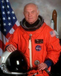 Zemřel astronaut John Glenn. První Američan, který obletěl Zemi
