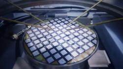 Čeští vědci se podílejí na vývoji odolnějších součástek