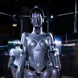 Muzeum v Londýně nabízí pohledy do minulosti i budoucnosti robotů