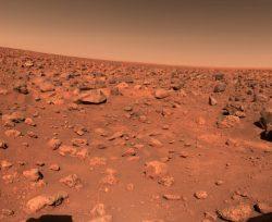 NASA hlásí objev obrovské zásobárny vody na Marsu