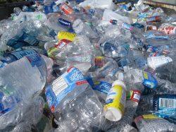 Vyprodukovalo se již 8,3 miliardy tun plastů
