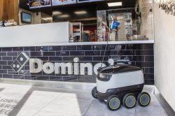 Poslíčky s pizzou nahradí drony
