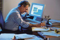 Dlouhá pracovní doba po čtyřicítce škodí, tvrdí studie